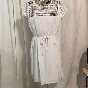 NWT Papillon fully lined white summer dress
